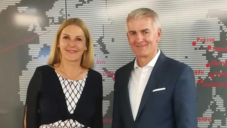 Bundesspartengeschäftsführerin Iris Thalbauer und Handelswissenschafter Thomas Rudolph