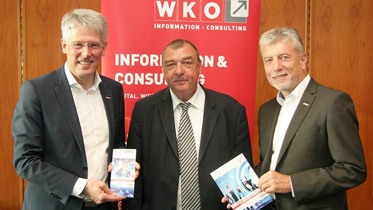 v.l.: Sparten-Obmann Robert Bodenstein, Walter Bornett (KMU Forschung Austria) und Sparten-Geschäftsführer Josef Moser