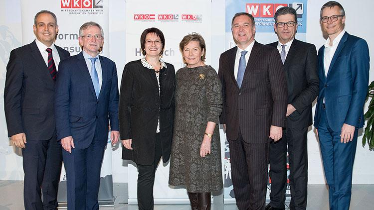Bela Virag, Wilhelm Molterer, Ingeborg Dockner, Sonja Zwazl, Walter Ruck, Martin Heimhilcher und Jan Trionow beim ICircle