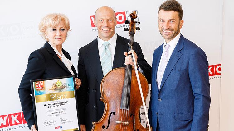 Zdenka Infeld, CEO von Thomastik-Infeld, Cellist Attila Pastor und Industrie-Spartenobmann Stefan Ehrlich-Adám.