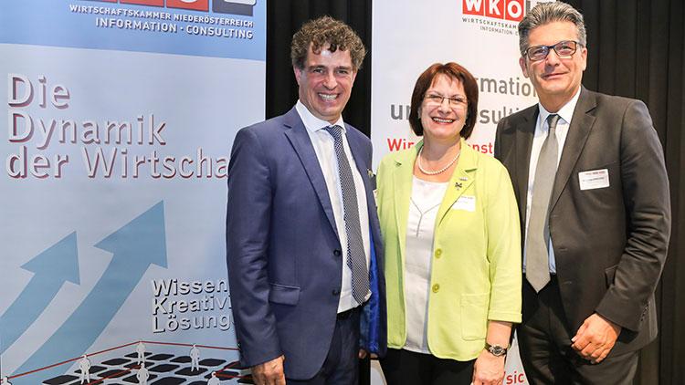 Dreier-Bild: Die Gastgeber des ICircle: Die IC-Obleute Ingeborg Dockner (NÖ) und Martin Heimhilcher (Wien, re.) sowie Ubit-Burgenland-Obmann Wilfried Drexler